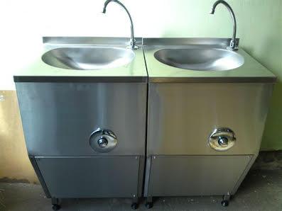 Dvodelni umivaonik stojeći